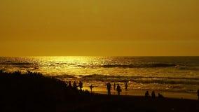 La gente di tramonto Fotografia Stock Libera da Diritti