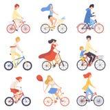 La gente en la ropa casual que montaba las bicicletas fijó, completando un ciclo los hombres y a las mujeres que ejercitaban, rel libre illustration