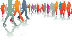 La gente fuori che cammina Immagini Stock Libere da Diritti