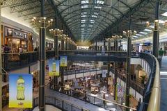 La gente gode del centro commerciale dell'America a Bloomington, MN il 6 luglio 2013 Fotografia Stock Libera da Diritti