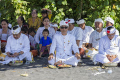 La gente indonesia celebra Año Nuevo del Balinese y la llegada de la primavera Ubud, Bali, Indonesia Foto de archivo