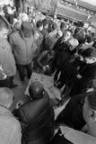 La gente juega a ajedrez chino en el templo del chenghuangmiao de xian, adobe rgb Imágenes de archivo libres de regalías