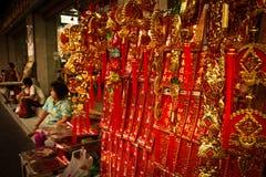 La gente local disfruta del Año Nuevo chino en Chinatown, Bangkok, T Fotos de archivo