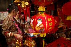 La gente local disfruta del Año Nuevo chino en Chinatown, Bangkok, T Fotos de archivo libres de regalías