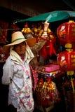 La gente local disfruta del Año Nuevo chino en Chinatown, Bangkok, T Foto de archivo