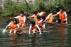 La gente negli sport di acqua Immagine Stock