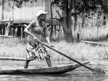 La gente nel Benin, in bianco e nero Fotografie Stock Libere da Diritti