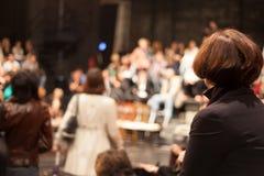 La gente nel teatro Fotografie Stock