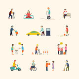 La gente nella città royalty illustrazione gratis