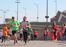 La gente nella maratona Fotografia Stock Libera da Diritti