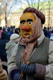 La gente nelle maschere tradizionali Fotografie Stock Libere da Diritti