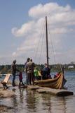 La gente, salesstands ed impressioni generali del festival medievale di età sul lago Murner in Wackersdorf, Baviera 10 maggio 201 Fotografie Stock