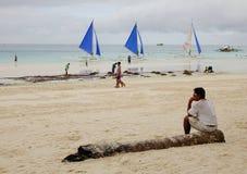 La gente sulla spiaggia a Boracay, Filippine Fotografie Stock Libere da Diritti
