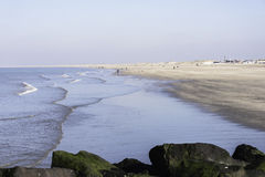 La gente sulla spiaggia in Olanda Fotografia Stock