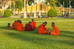 La gente sulla via di paese asiatico - il Vietnam e la Cambogia Immagini Stock