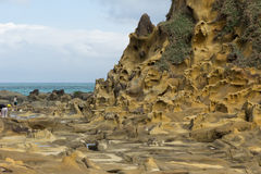 La gente, terreno speciale e formazioni rocciose in Keelung Fotografie Stock Libere da Diritti