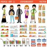 La gente in un supermercato con gli acquisti Immagine Stock Libera da Diritti