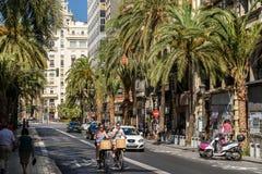 La gente Valencia City In Spain del centro di camminata Immagine Stock