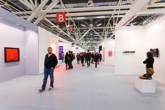 La gente ve el ArteFiera 40 Vernissage el 28 de enero de 2016 en Bolonia, Italia Imagenes de archivo