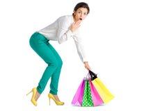 La gente, vendita, concetto nero di venerdì - donna con il sacchetto della spesa Fotografia Stock Libera da Diritti