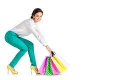 La gente, vendita, concetto nero di venerdì - donna con il sacchetto della spesa Immagine Stock Libera da Diritti