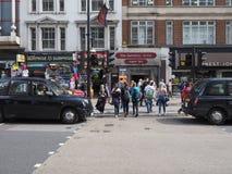La gente in via di Oxford a Londra Fotografia Stock