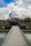 La Geode,科学巴黎城市 免版税库存照片