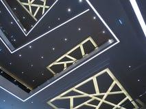 La geometria dell'interno con un'imitazione del cielo notturno fotografia stock libera da diritti