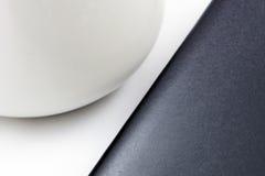La geometria di forma: in bianco e nero fotografia stock