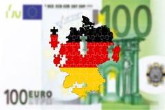 La Germania che va in pezzi sul bankote dell'euro 100 Fotografie Stock Libere da Diritti