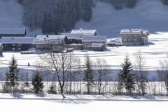 La Germania, villaggio alpino nella neve Immagini Stock