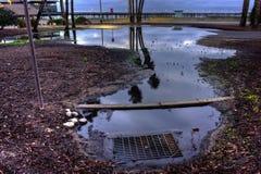 La gestión de la ciudad requiere drenaje apropiado del agua Foto de archivo