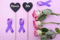 La Giornata internazionale della donna stronca i simboli di disposizione Immagini Stock Libere da Diritti