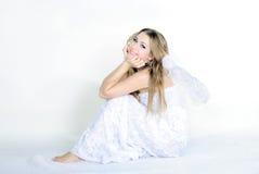 La giovane bella ragazza un angelo con le ali Immagine Stock Libera da Diritti