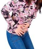 La giovane donna ha dolore addominale Fotografia Stock
