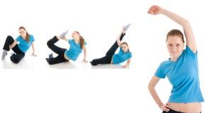 La giovane donna quattro che fa esercitazione isolata Fotografia Stock