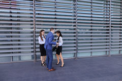 La giovani gente, studenti, ragazze e tipo di prospettiva vanno incontrare il eac Fotografia Stock Libera da Diritti