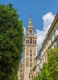 La Giralda em Sevilha, Espanha foto de stock