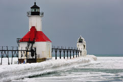 La glace a couvert le phare Michigan Etats-Unis de rue Joseph Photographie stock libre de droits