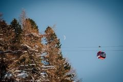La gondole de Patscherkofel à Innsbruck Autriche image libre de droits