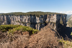 La gorge Rio Grande d'Itaimbezinho font Sul Brésil Photo stock