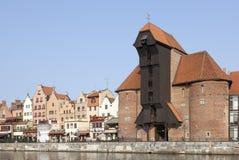 La grúa medieval del puerto en Gdansk, Polonia Foto de archivo