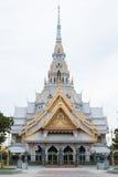 La gran iglesia de mármol, Wat Sothorn, Chachoengsao, Tailandia Imagen de archivo libre de regalías