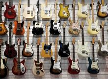 La Gran Muralla de guitarras fotos de archivo libres de regalías