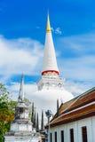 La gran pagoda hermosa antigua de Tailandia Foto de archivo