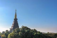 La gran pagoda santa Nabhapolbhumisiri de las reliquias; Templo Fotografía de archivo libre de regalías