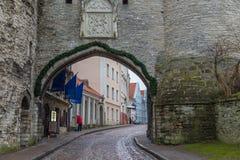 La gran puerta costera en Tallinn, Estonia Foto de archivo