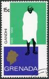 La GRANADA - 1969: mostra il ritratto di Mohandas Karamchand Gandhi 1869-1948, anniversario 100 anni di Mahatma Gandhi Fotografia Stock Libera da Diritti