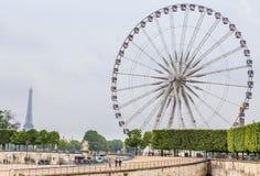 La grand Roue Ferris Wheel, près du Place de la Concorde, Paris Image stock
