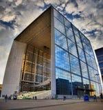 La Grande Arche de la Défense i Paris Fotografering för Bildbyråer